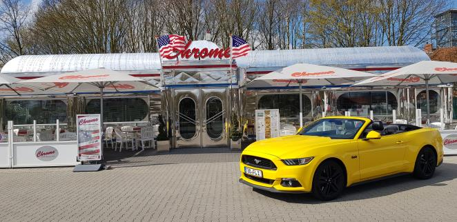 FORD MUSTANG CABRIO GT 5.0 V8 421 PS